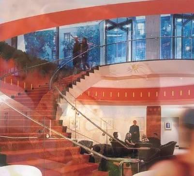 La Brasserie 8 &1/2 - Escaleras de acceso a la planta baja