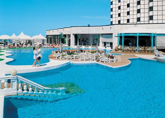 Hotel Cohiba -Piscina