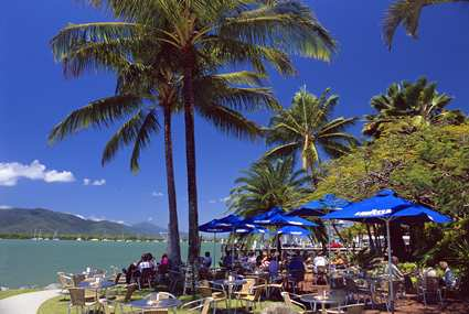 Hotel Hilton Cairns - Barexterior
