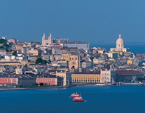 Lisboa (Portugal) - vista desde el rio Tajo