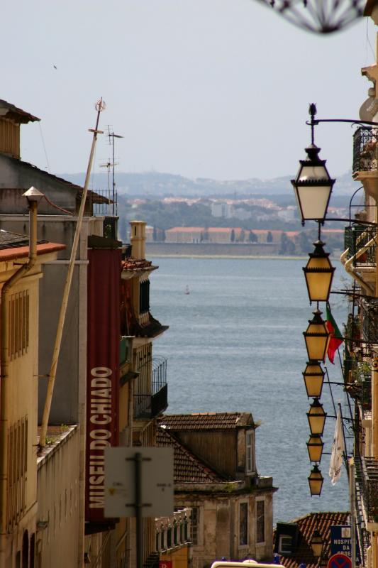 Lisboa (Portugal) -Chiado