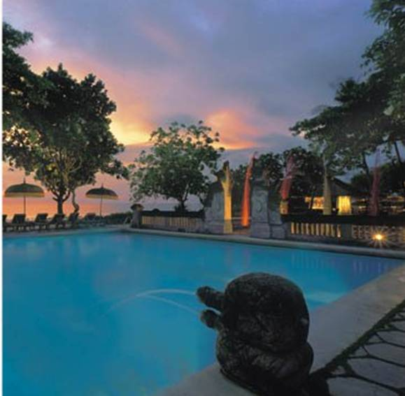 Hotel Oberoi Bali -Piscina