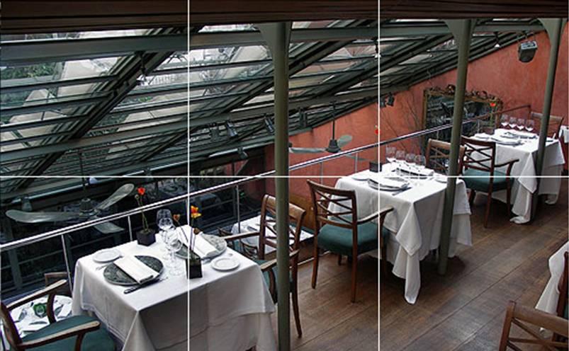 Tragaluz - ejemplos de mesas de dospersonas