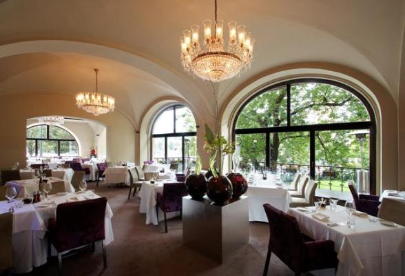 Restaurante Bellevue - Salónprincipal