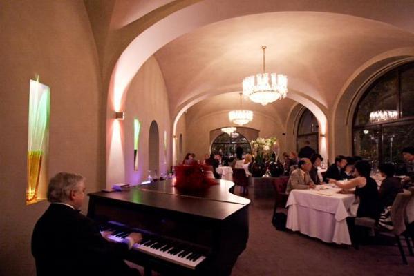 Restaurante Bellevue -Piano