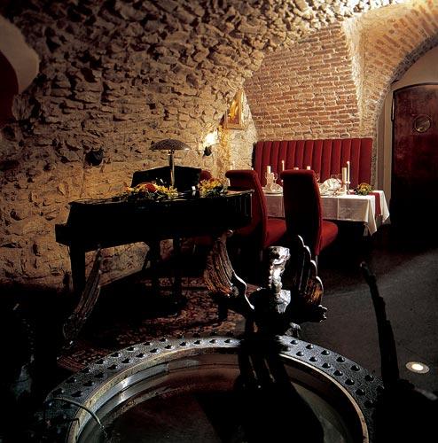 Restaurante Flambee - Praga - Piano