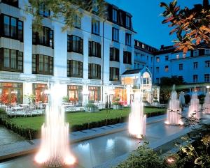 Jardines del Hotel Der Europaïsche Hof – Hotel Europa – Heidelberg (Alemania)