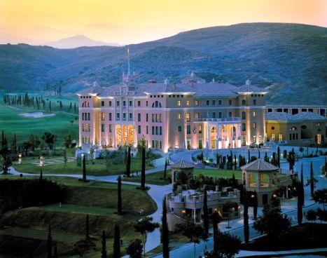 Vista exterior del Hotel Villa Padierna