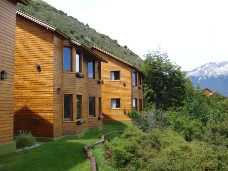 Vista exterior de las habitaciones Cascada